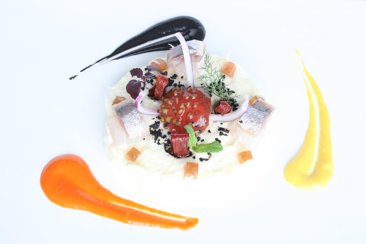 Restaurant-Villa-Retiro-chef-Fran-Lopez-cocina-de-autor-Ebre-pescado-mercado